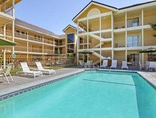 Book Hotel Solares San Jose - image 5