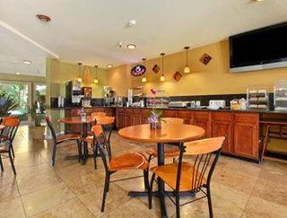 Book Hotel Solares San Jose - image 4