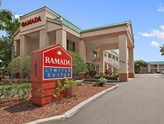 Ramada Limited Clearwater Hotel and Suites