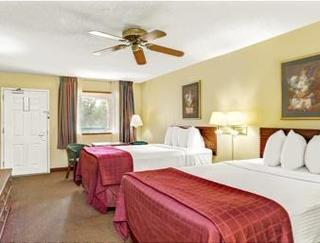 Book Days Inn & Suites Peachtree City Atlanta - image 9