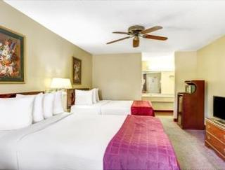 Book Days Inn & Suites Peachtree City Atlanta - image 12