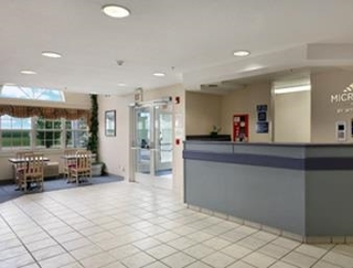 Microtel Inn & Suites By Wyndham Champaign