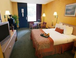Travelodge Savannah Area/Richmond Hill