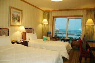 Jeju Sunshine Hotel, 1040 Hamdeok-ri, Jocheon-eup,