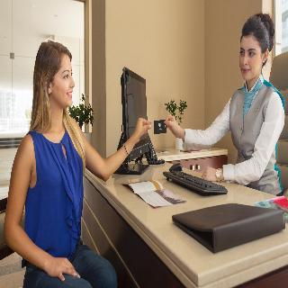 Book Jannah Marina Bay Suites Dubai - image 6