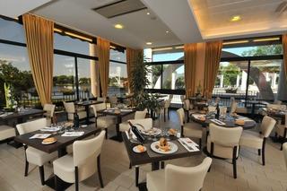 Book Brit Hotel du Lac Dax Les Thermes - image 1