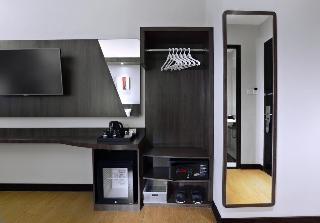 Neo Hotel Dipatiukur, Jl. Dipatiukur No. 72 - 74…