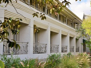 Cresta Lodge, Cnr R. Mugabe & S.machel…