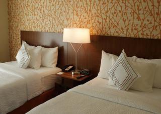 Fairfield Inn & Suites By Marriott Chesapeake Suff