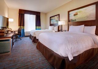 Fairfield Inn & Suites By Marriott San Diego Carls