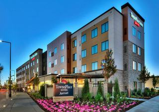 Towneplace Suites By Marriott Minneapolis Blooming