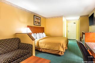 Quality Inn & Suites, 984 W. Ventura Blvd.,
