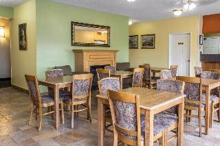 Comfort Inn, North Baltimore Street,2209
