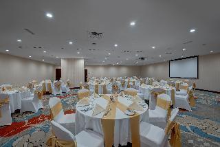 Book Ghaya Grand Hotel Dubai - image 9