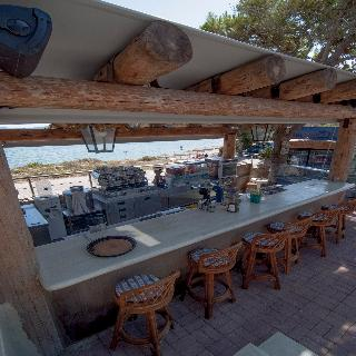 Epavlis Resort
