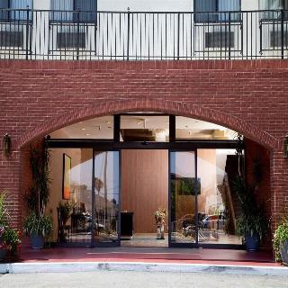 Redac Gateway Hotel, 20801 Western Ave,