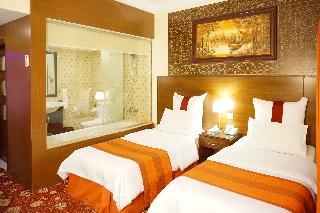 Petra Nights Hotel, 263 Queen Ranea Str Petra…