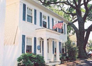 The Harborside Inn, 3 S. Water St. P.o. Box 67,