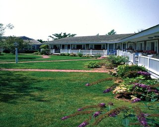 Brant Point Courtyard