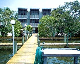 Englewood Beach And Yacht Club