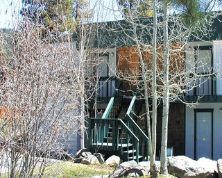 North Lake Lodges