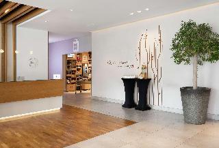 Book Hilton Garden Inn Dubai Mall Of The Emirates Dubai - image 0
