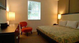 Casa Grande, 834 Ocean Dr,