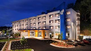 BEST WESTERN PLUS Lake…, 4535 Oakwood Road,