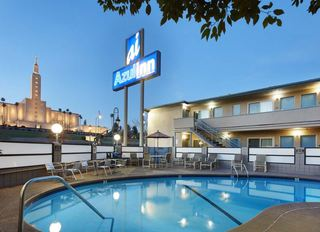 Azul Inn West Los Angeles – Century City