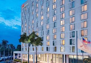 Marriott Port-Au-Prince…, 147, Avenue Jean Paul Ii…