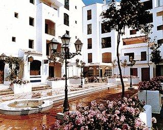 Jardines Del Puerto Club