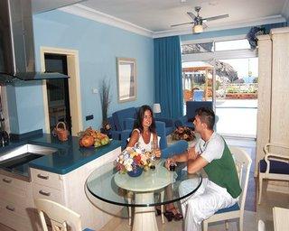 Holiday Club Amadores Beach Club
