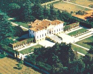 Le Barchesse Di Villa Corner