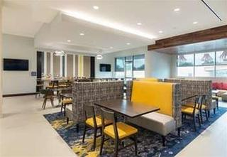 Springhill Suites By Marriott Fort Worth Fossil Cr