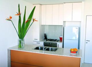 Milano Serviced Apartments, 8 Franklin Street,