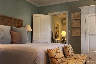 Inn Scone, 112 St Aubins Street,
