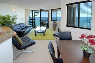 Malibu Resort, 81 The Esplanade,
