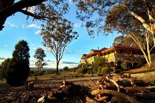 Mudgee Homestead Guesthouse, 3 Coorumbene Road,