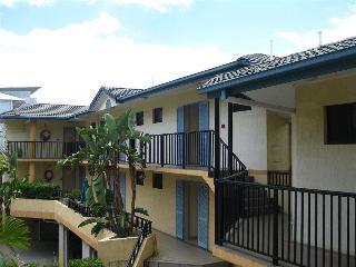 Sapphire Resort, 5 Brereton Street,