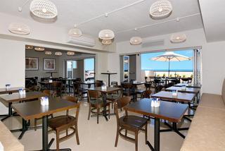 Bunbury Seaview Apartments, 205 Ocean Drive,