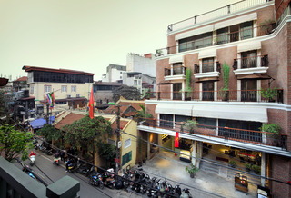 Mk Premier Boutique…, 72-74 Hang Buom Str, Hoan…