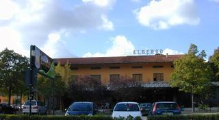 Hotel Leon d'Oro, Via Flaminia,213