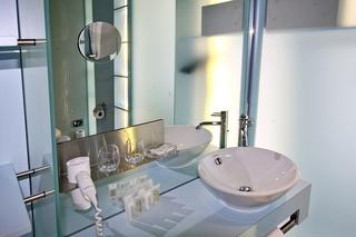 Cristal Design Hotel, Rue Pradier 4,