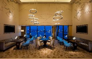Hilton Wuhan Riverside, 190 Binjiang Ave, Hanyang…