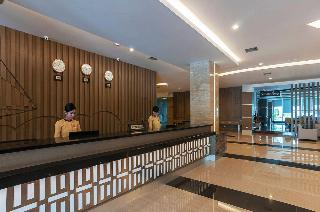 Grand City Hotel & Convention…, Jl. Perintis Kemerdekaan…