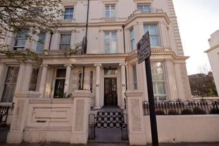 The Kensington Studios, 83 Holland Road, Kensington,83