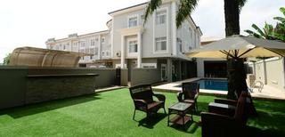 Prenox Hotels And Suites, Benoni Road, Off Airport…