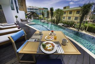 Phuket Hotels:THE LUNAR PATONG