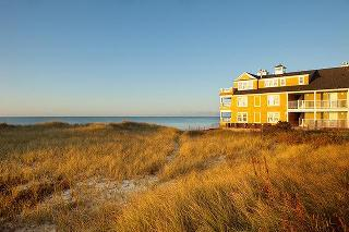 Bluegreen Vacations…, 79 Chase Avenue,