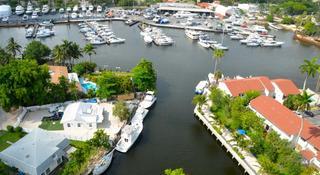 Riviera Apartments at River Oaks Marina